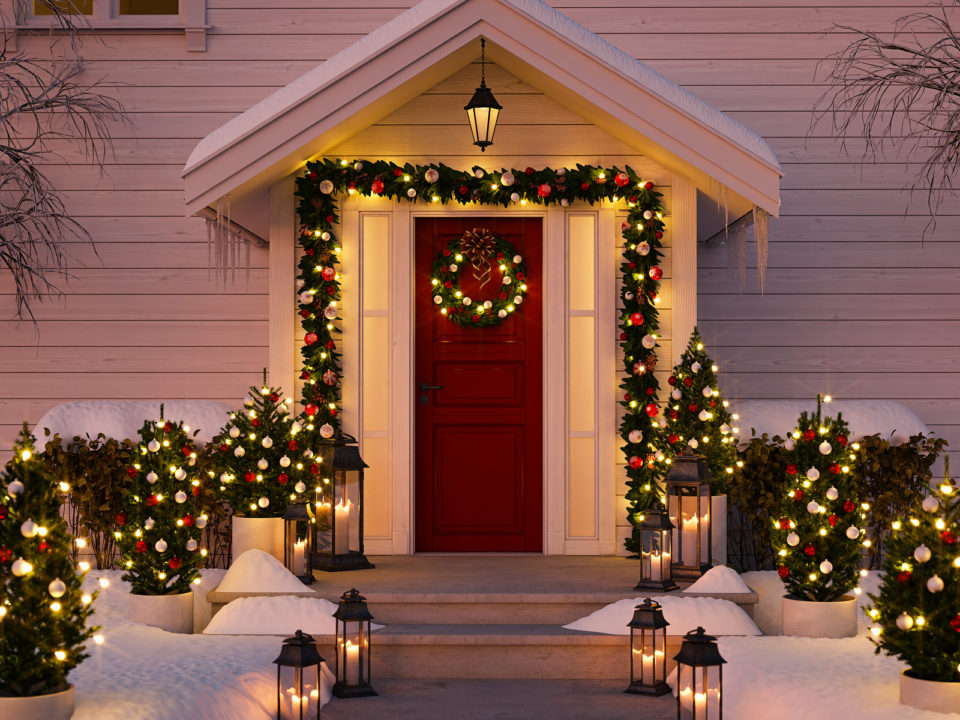 outdoor decorating for the holiday seasons