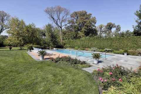 Flagstone Pool Edge by Bellantoni Landscape